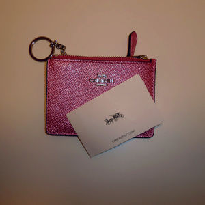 NWOT Coach Pink Pebbled Leather Cardholder